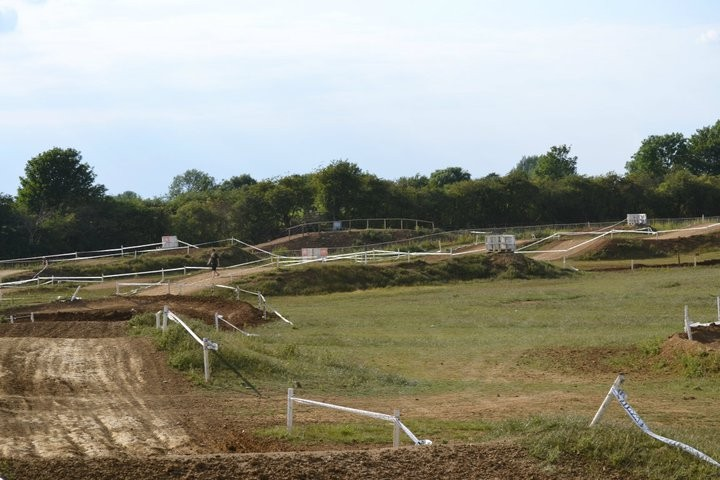Milton Malsor Motoparc, click to close
